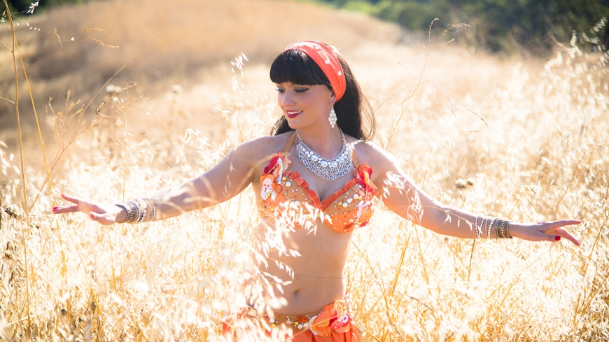 Bay Area belly dancer for party